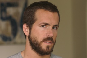In support of the writers strike, Ryan, too, grew a beard.