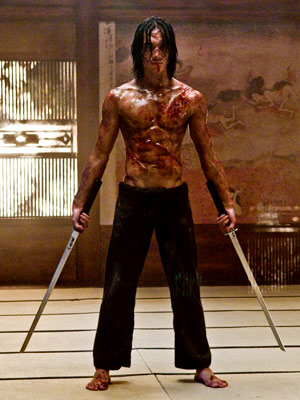 http://thoughtsonfilms.files.wordpress.com/2009/07/ninja-assassin-rain_l.jpg