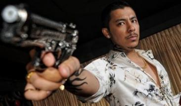 Fikri actually had a very similar shot taken in Phuket once.