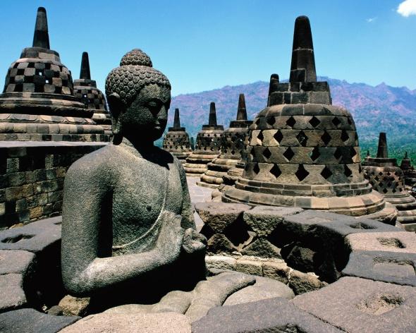 Borobudur-Temple-1